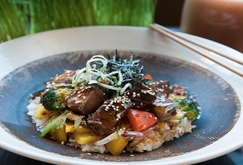 Los mejores restaurantes para comer en Londres esta temporada - restauranteslondres_hotbook_03-1024x696