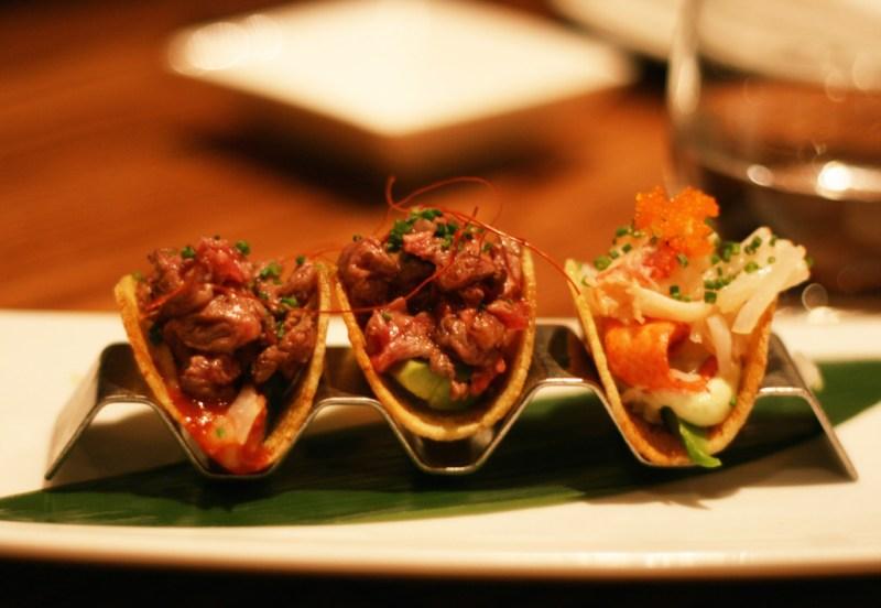 Los mejores restaurantes para comer en Londres esta temporada - restauranteslondres_hotbook_06-1024x707