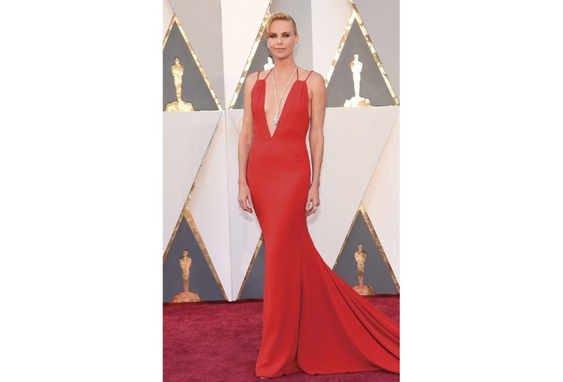 http://www.eonline.com/photos/18308/oscars-2016-what-the-stars-wore/684130