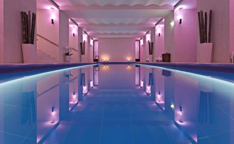 6 Tendencias en Hoteles este 2016 - cafe-royal-hotel-akasha-swimming-pool_1