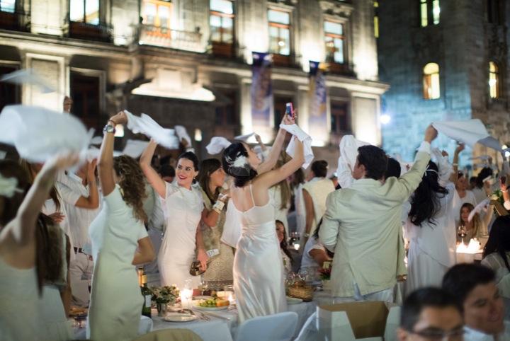 Le Diner en Blanc Puebla - Diapositiva042 copia