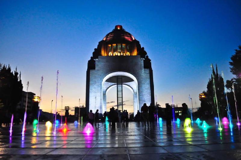 48 horas en la Ciudad de México - monumentorevolucion