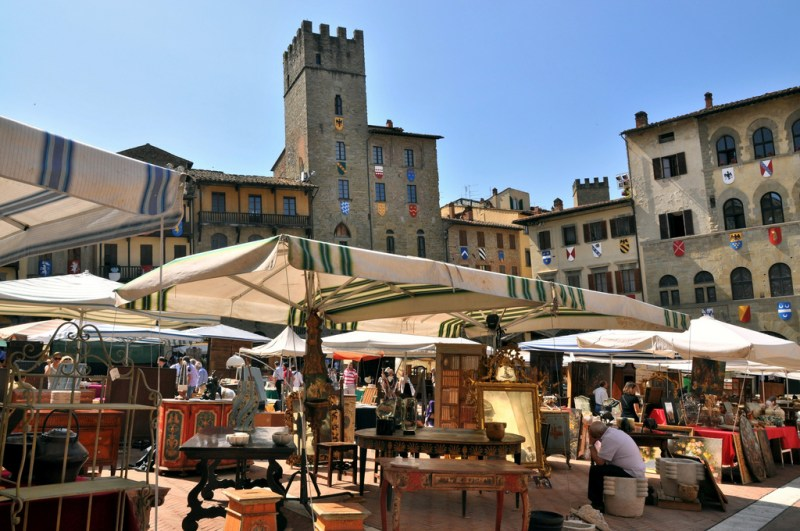7 mercados de pulgas que debes visitar  - fiera-antiquaria-etrusco-hotel_30
