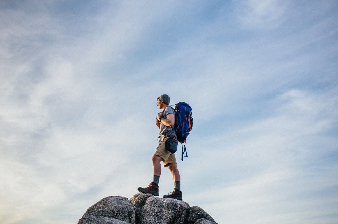 Tips para viajar en solitario - backpacking-with-DSLR-020