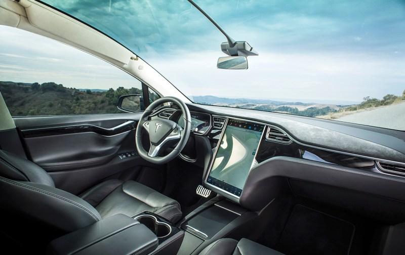 TESLA: El coche autónomo, el coche del futuro - tesla2