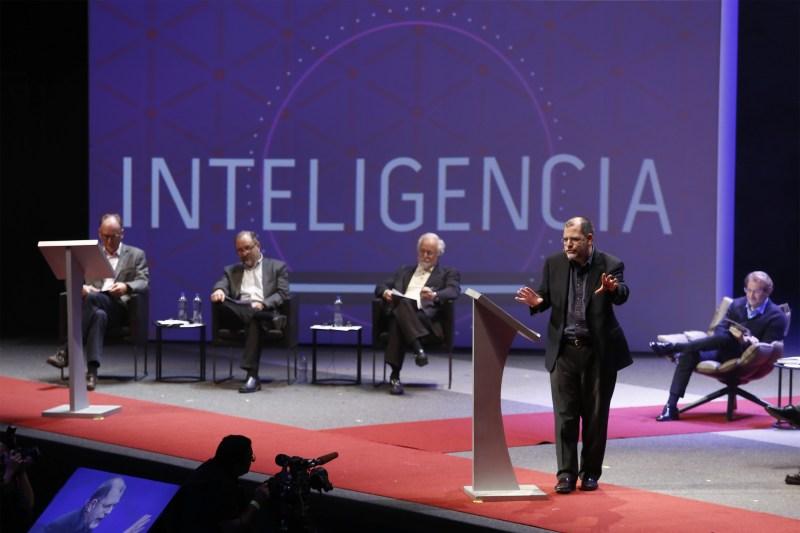 Festival de Mentes Brillantes: La Ciudad de las Ideas 2016 - ciudad-de-las-ideas-2016-debate-inteligencia-artificial-260051