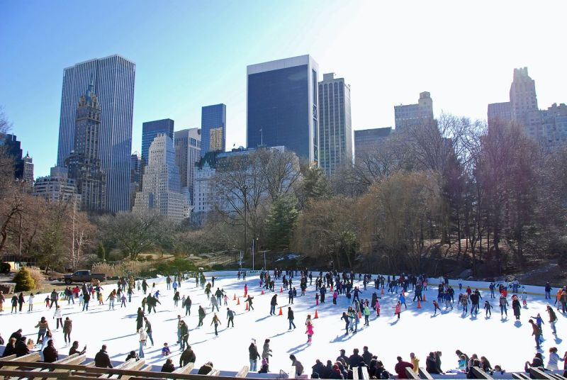 48 Horas en Nueva York – Invierno 2017 - new-york-city-central-park-06-wollman-rink-and-buildings-on-southwest-of-park
