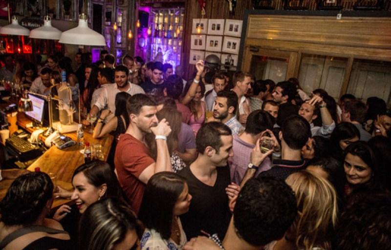 48 horas en Cartagena de Indias - where_to_party_in_cartagena_colombia_la_movida_bar