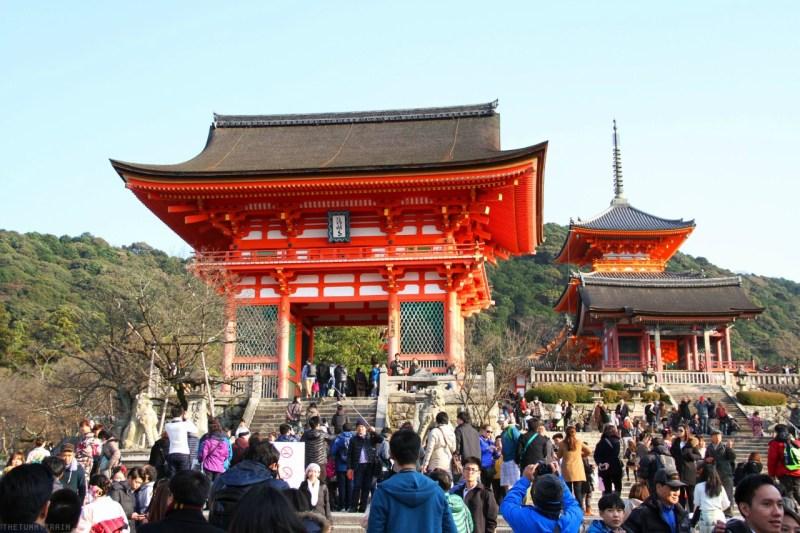 Kioto: Labios Rojos, Sol Naciente - kiyomizudera-min