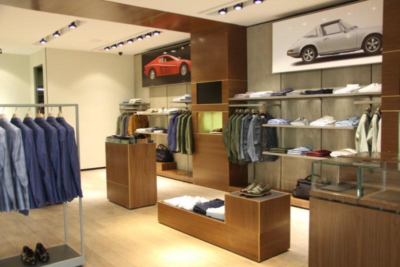 Las mejores tiendas de ropa para hombre for Decoracion de almacenes de ropa