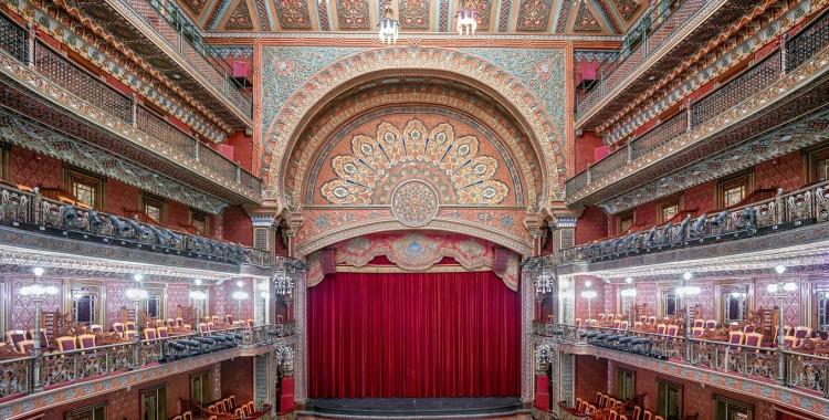 imagen_30_Teatro-Juárez-Guanajuato-2015_Candida-Höfer-750x380