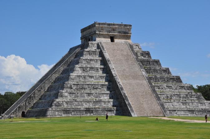 Un roadtrip alrededor de Yucatán - chichen-itza-small-group-tour-with-private-entrance-in-cancun-204142