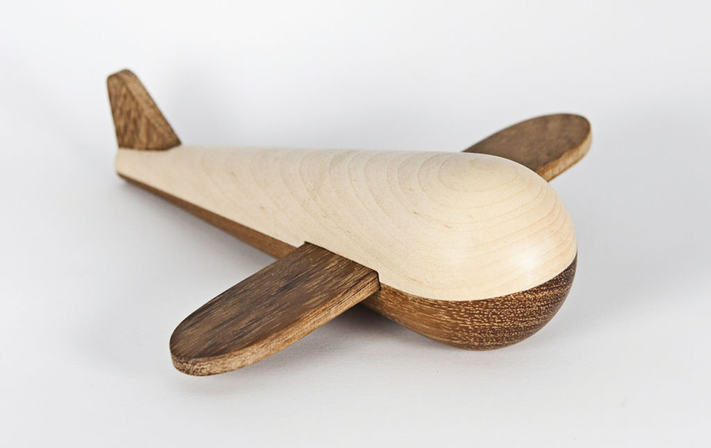 #OUGHTTOKNOW Nuju, Pequeñas obras de arte en madera. - NUJU-PORTADA