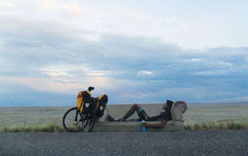 #THESTRANGE Carlos Santamaría, el ciclista más rápido en cruzar el continente americano. - carlos-santamaria-2