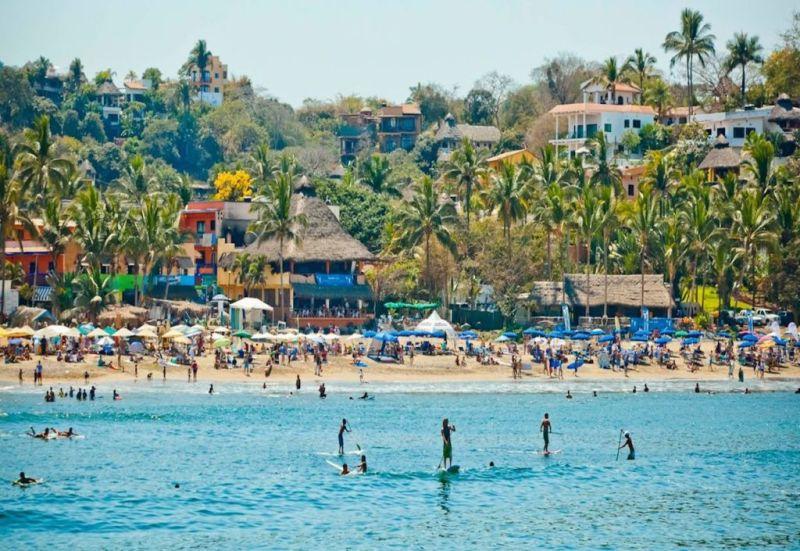 Las mejores playas para surfear en México - sayulita