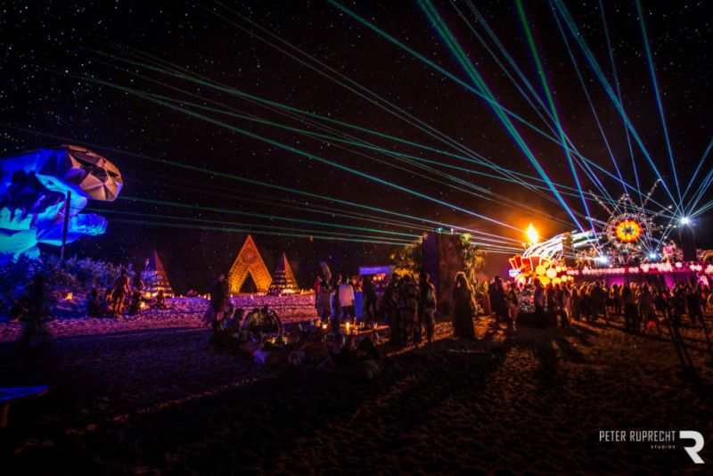 Festival OndalindaxCareyes: Una fusión de arte y música bajo el sol costero - Festival-Ondalinda-4