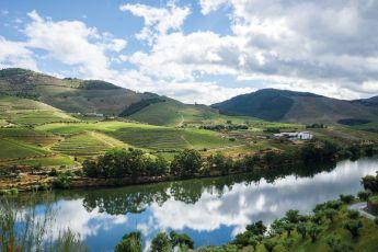 Portugal; Un país de contrastes tan grandes como sus vinos - travel_portugal_view_PORTADA