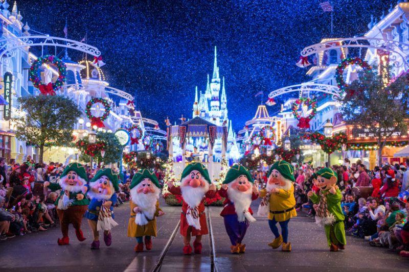 Los mejores destinos para viajar esta Navidad - 2.-Orlando-Lugares-viajar-en-navidad