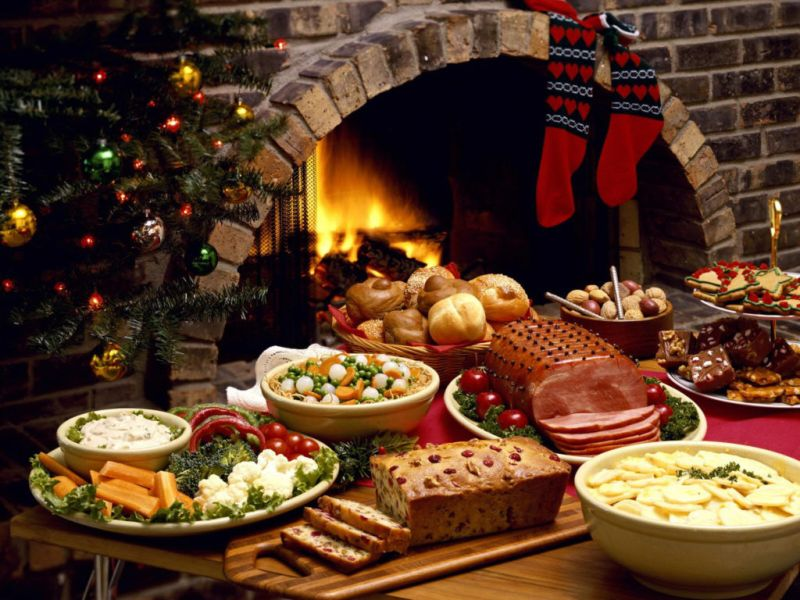 Tips para estar en forma durante la época navideña - 5.-Prueba-todo-con-moderación-Mantenerte-en-forma-navidad