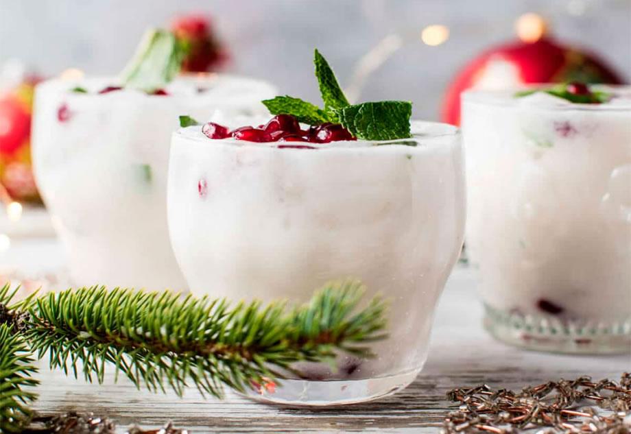 Los mejores cocteles para servir durante tus fiestas navideñas - White christmas mojito portada