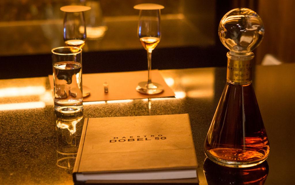 Maestro Dobel 50, medio siglo de sabores exquisitos. - maestro book