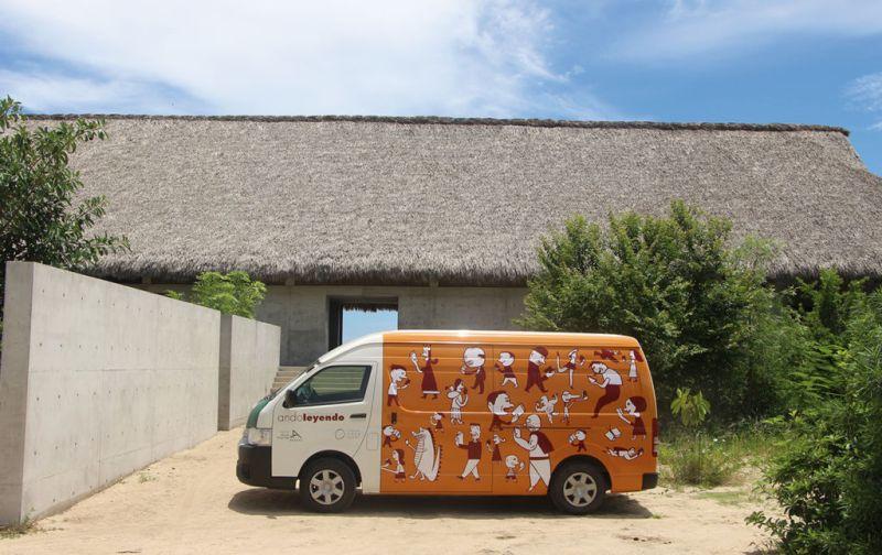 Fundación Casa Wabi - Bilbioteca-móvil
