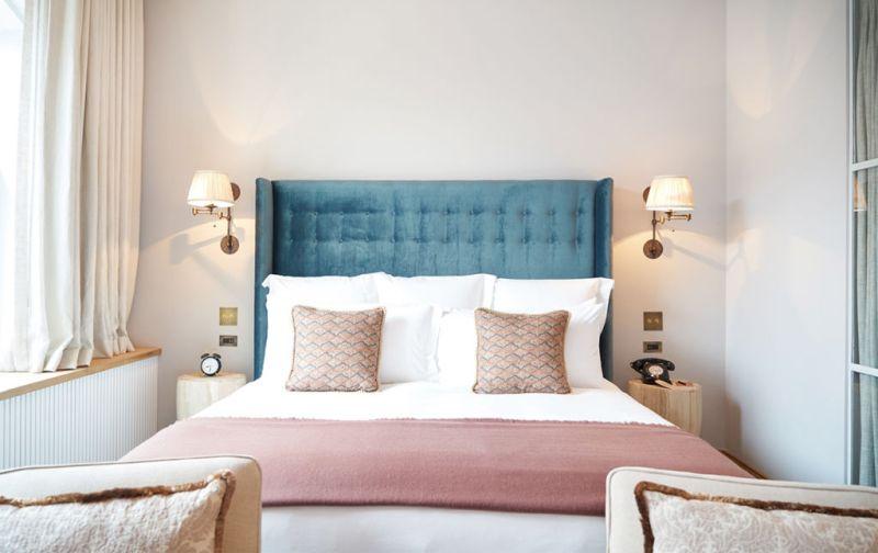 Nick Jones, Soho House - pink-bedroom