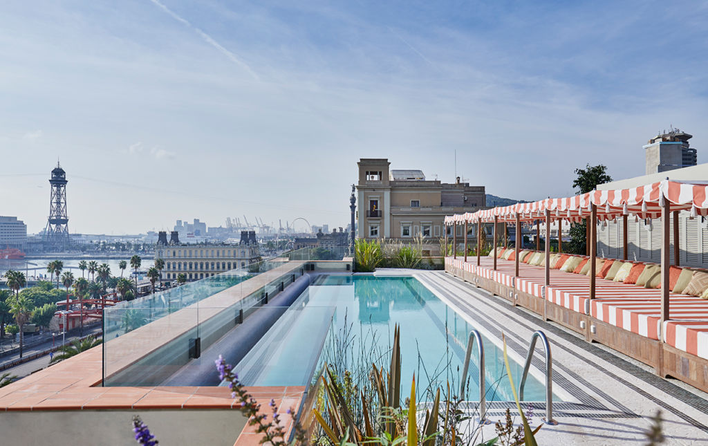 Nick Jones, Soho House - pool_portada