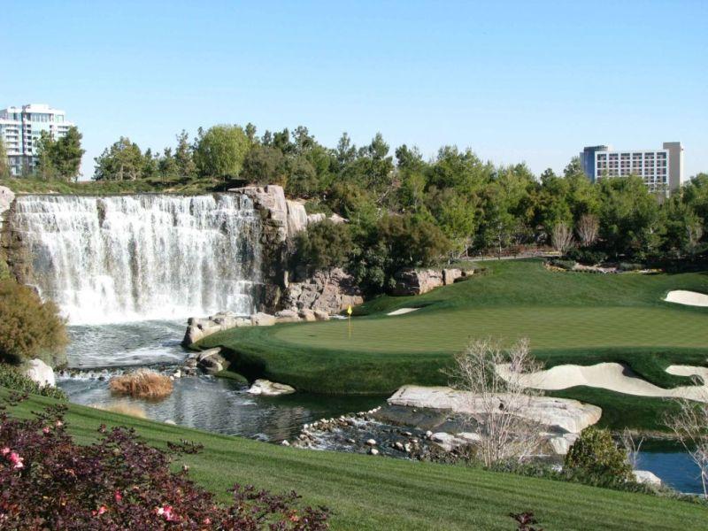 Campos de golf que vale la pena visitar en América - wynn-golf-course