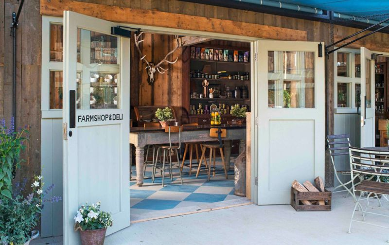 Soho Farmhouse, tu casa en el countryside inglés - farmshop-and-deli-soho-farm-house