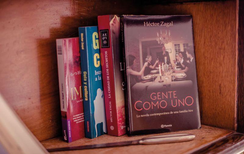 Héctor Zagal, gula y cultura de la academia a los anaqueles - gente-como-uno-hector-zagal