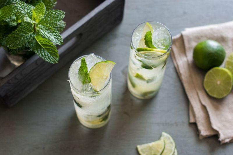 Los mejores cocteles para disfrutar este verano - mojiterranea-drinks-de-verano