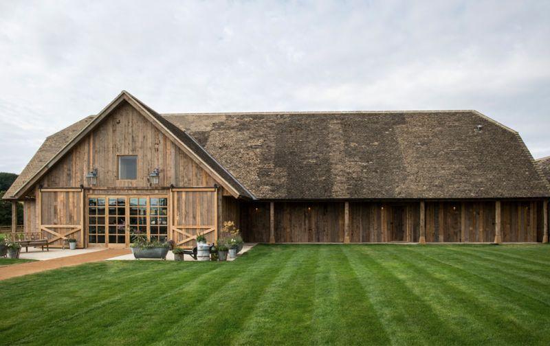 Soho Farmhouse, tu casa en el countryside inglés - soho-house-exterior