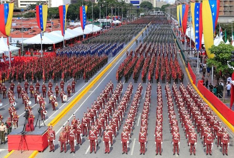 Nicolás Maduro sufre un supuesto atentado en Caracas - ataque-contra-maduro-en-venezuela