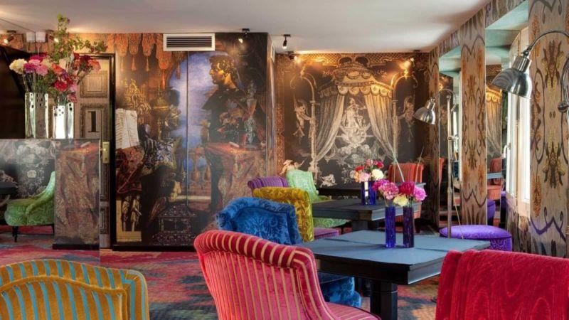 Datos que probablemente no sabías sobre Christian Lacroix - hotel-boutique