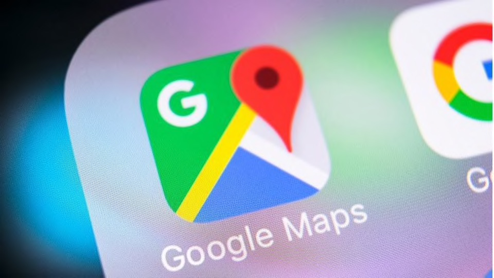 Google ahora puede calcular la huella de carbono de cada ciudad - google maps huella de carbono portada