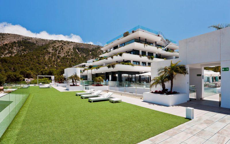 SHA, una clínica de bienestar en España - sha-wellness-center-exterior