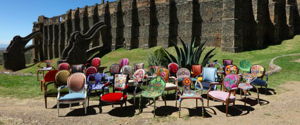 Roche Bobois apuesta por el diseño local - Sillas de Roche Bobois intervenidas por artesanos mexicanos PORTADA