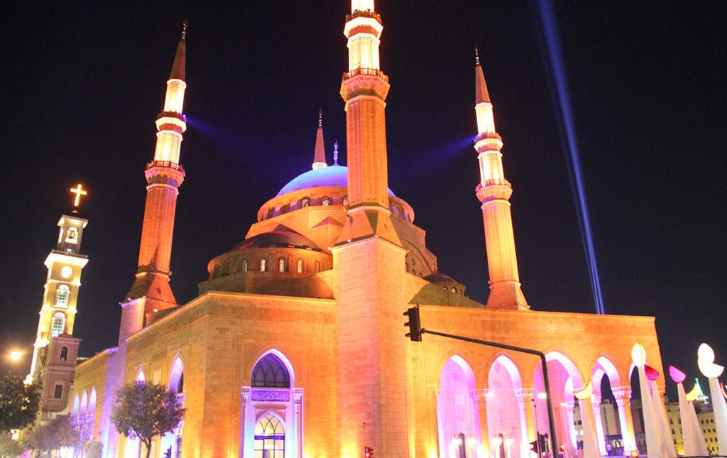 Beirut, el nuevo corazón del Mediterráneo - templo iglesia noche luz iluminación beirut
