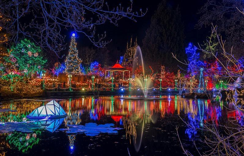 7 increíbles festivales de Navidad en el mundo - FestivalesNavidad_PORTADA_VanDusenFestivalOfLights
