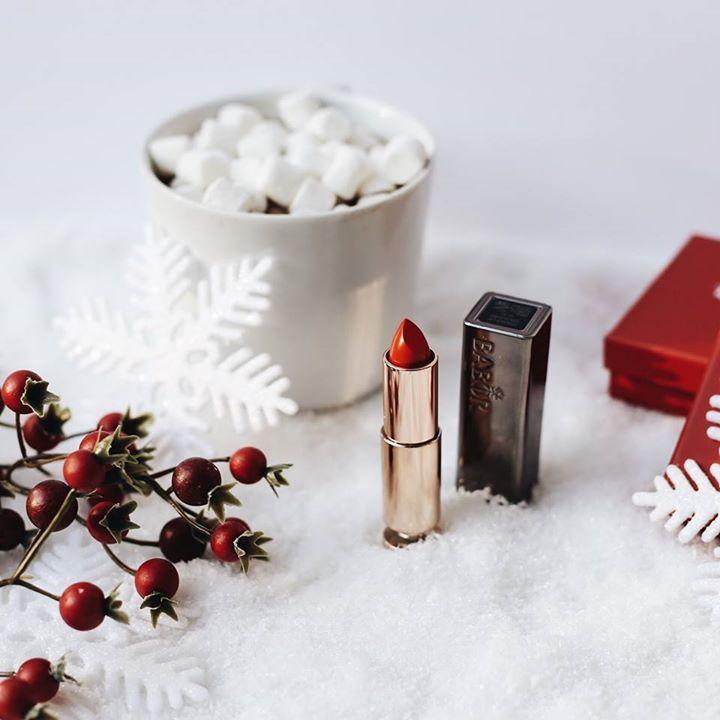 Los productos de belleza que necesitas esta temporada - Portada. Productos de navidad