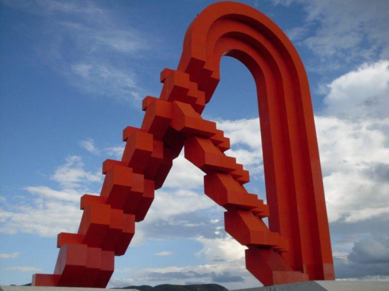 La Escuela de Artes de la Universidad Anáhuac México reconoce al escultor Sebastián - sebastian_esculturarojo
