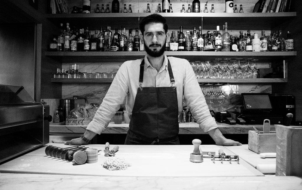 Marco Carboni y su Sartoria - Chef Marco cocina restaurante