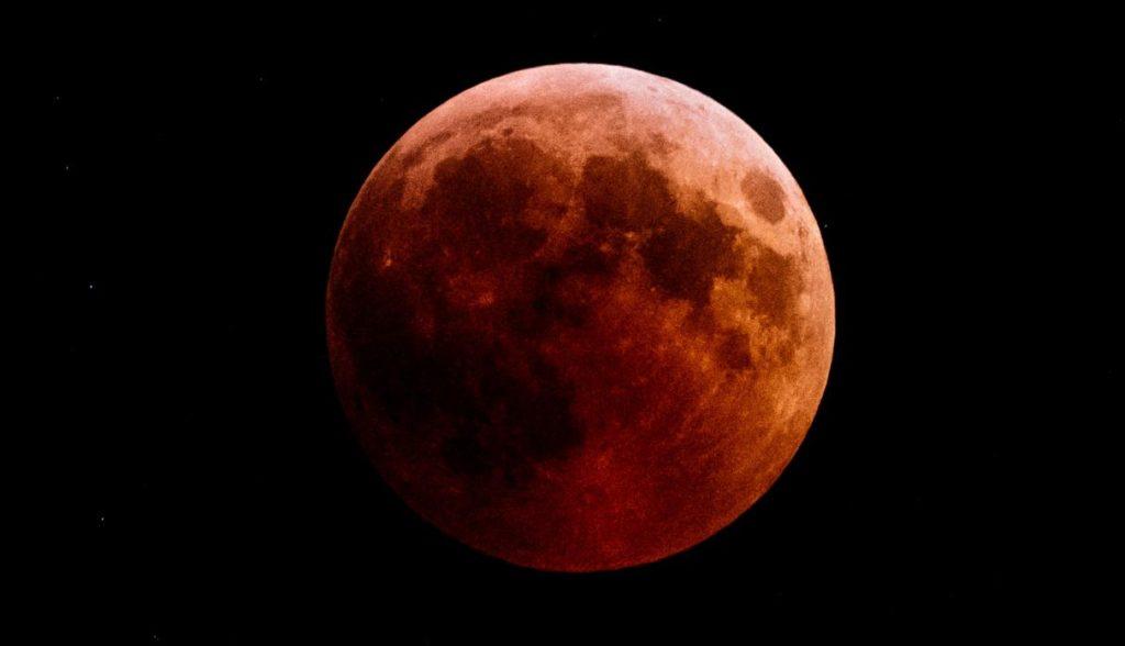 Lo que debes saber del eclipse lunar de este domingo - Eclipse_LunaRoja