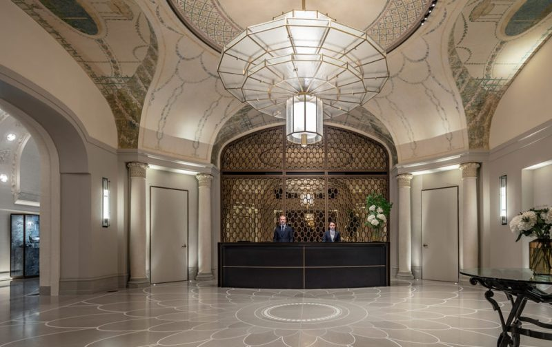 Lutetia, el mítico hotel de París - hotel-lutetia-reception
