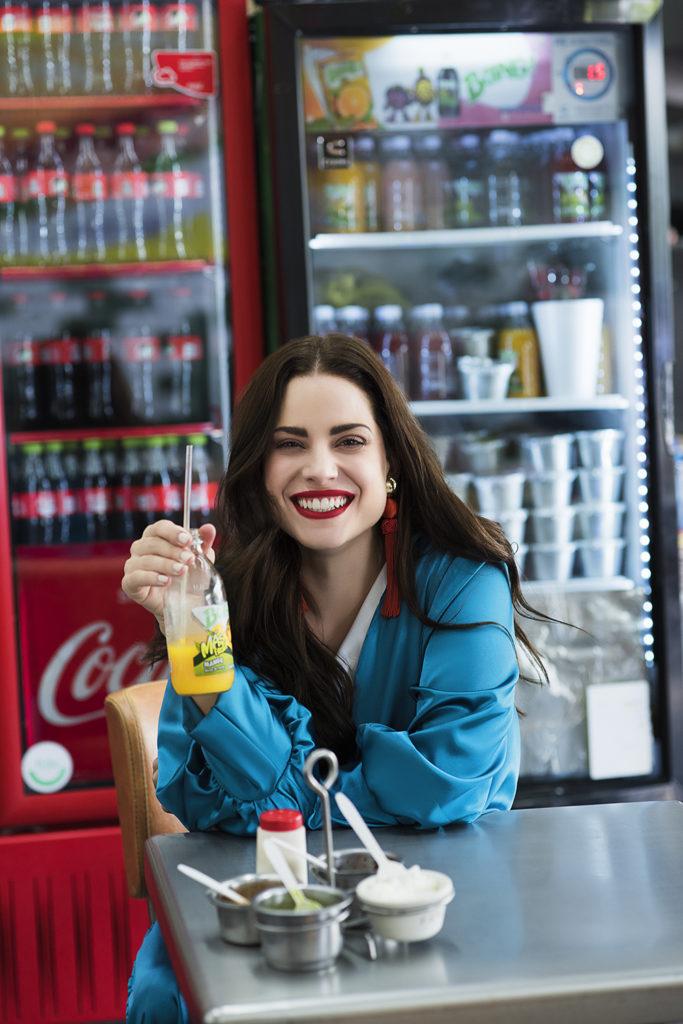 Eme Shop empodera a las mujeres mexicanas - 20hotbook20eme20shop20empodera20a20las20muj-2