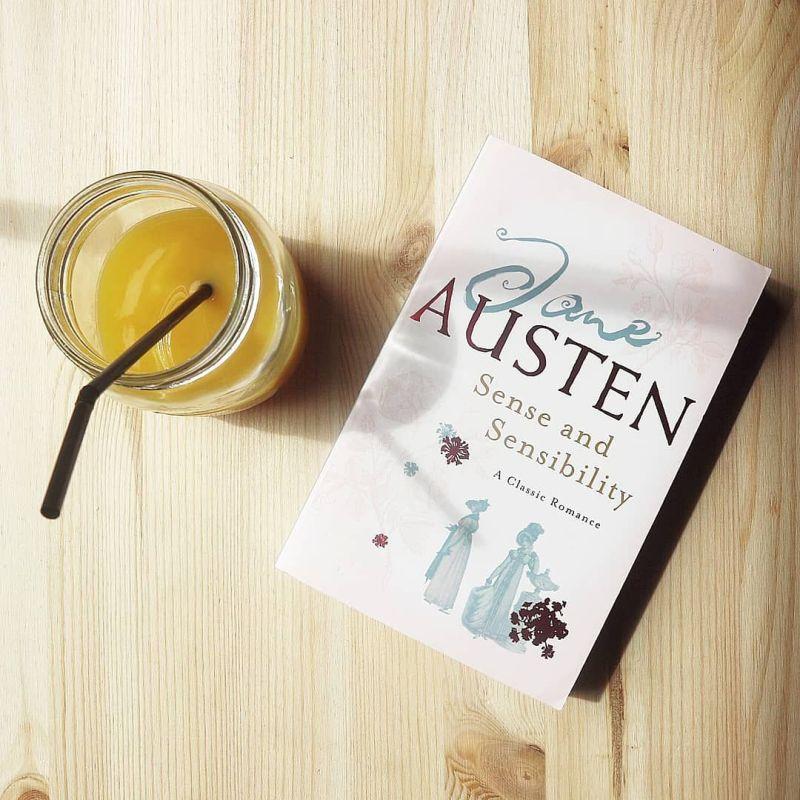 Historias románticas que tienes que leer durante este mes - hotbook-historias-romanticas-que-tienes-que-leer-durante-este-mes-sense-and-sensibility