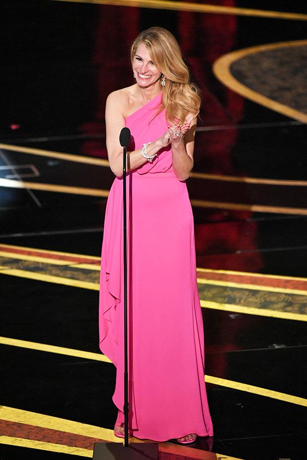 Los mejores red carpet looks de los Premios Óscar 2019 - hotbook_looksoscares_juliaroberts
