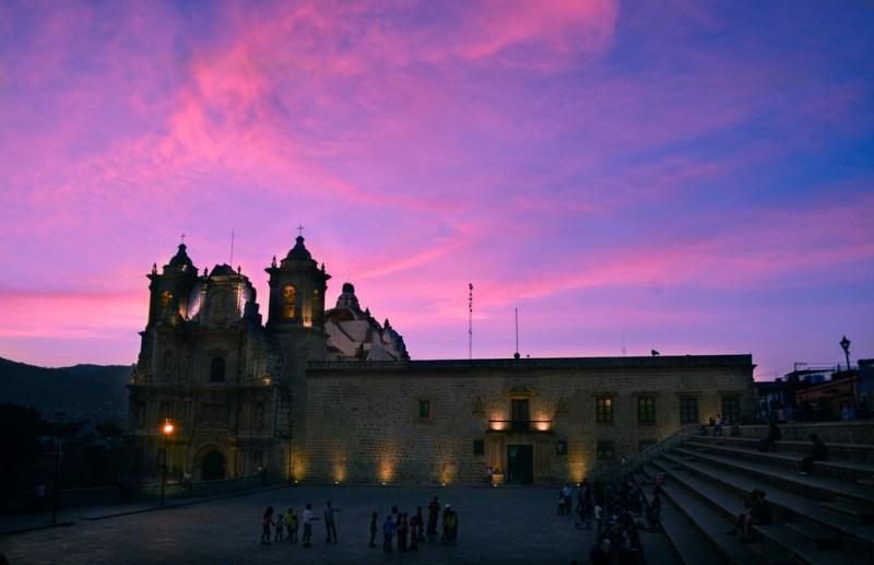 Guía para visitar Oaxaca - hotbook_oaxaca_cuandoir