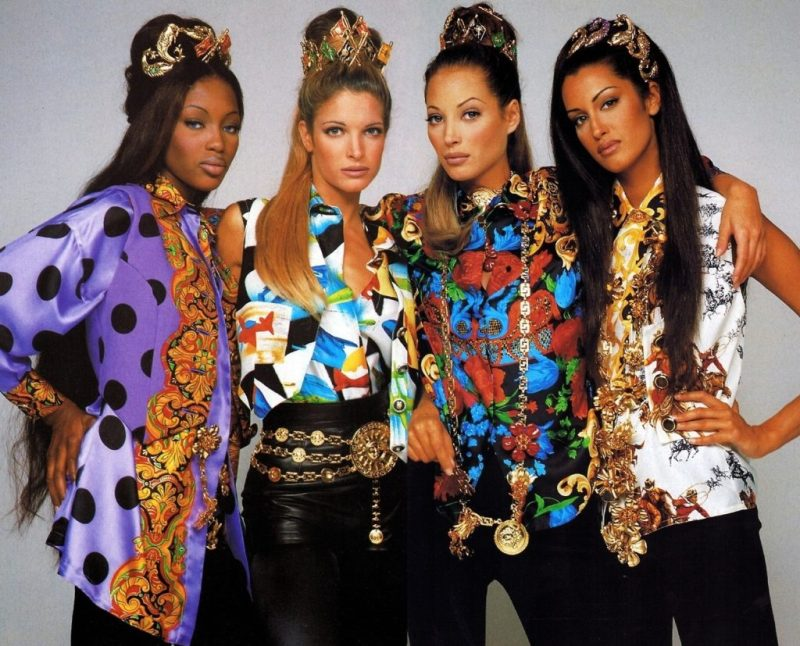 10 datos curiosos de Gianni Versace - hotbook_versace_tecnologialaser